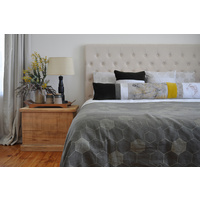 Pinch River 'honeycomb' King size Quilt Set